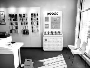 Koodo Fixture black and white